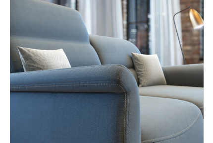 ROM Remus sofa contrast stitching detail